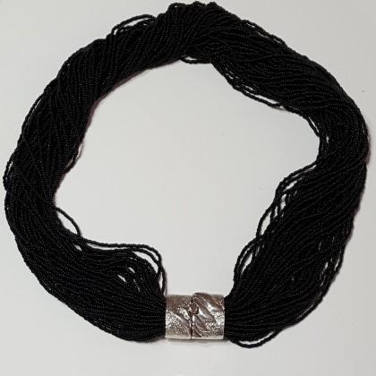Torcion, collar black