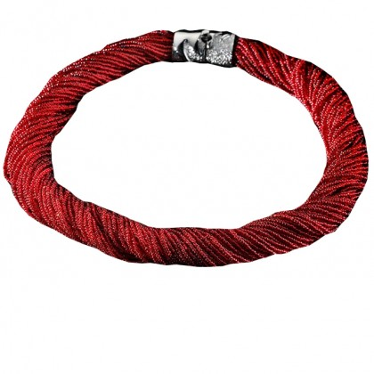 Arianna, collar red